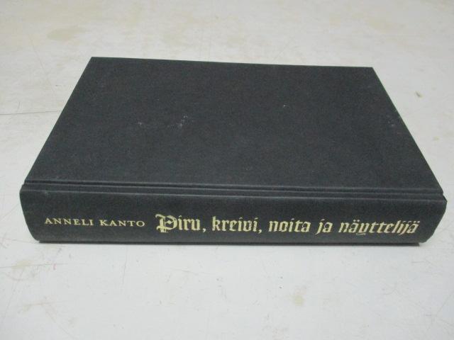 Piru, kreivi, noita ja näyttelijä - Kanto Anneli tuotekuva